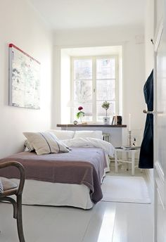 This small space still looks comfortable and homely
