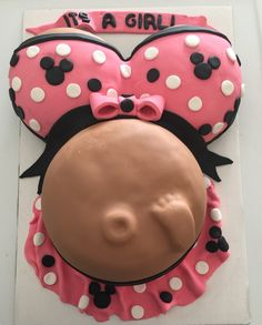 Minnie Mouse Baby Bump Cake