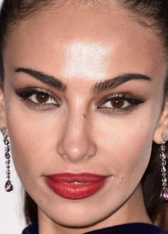 Close-up of Madalina Ghenea at the 2015 Cannes amfAR Gala. http://beautyeditor.ca/2015/05/27/cannes-amfar-gala-2015
