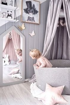 Mirror ideas for kids | Be inspired by this room for children decoration to find the perfect mirror for your kids' bedroom or playroom CIRCU.NET . . #circumagicalfurniture #magicalfurniture #kids #kidsroom #kidsbedroom #kidsinteriors #kidsinteriordecor #kidsfurniture #kidsroomdecor #kidsmirror #kidsideas #interiordesign #luxurydesign #interiordesigner #architecture #bedroomdecor #playroom #playarea #babyroom