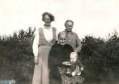 arkiv.dk | Familien Bjerg paa Højlandvej 2, Hove