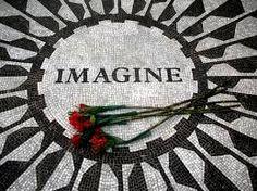 Imagine, monumento a John Lennon tras su muerte... está dentro de Central Park, cerca del edificio donde vivía con Yoko Ono