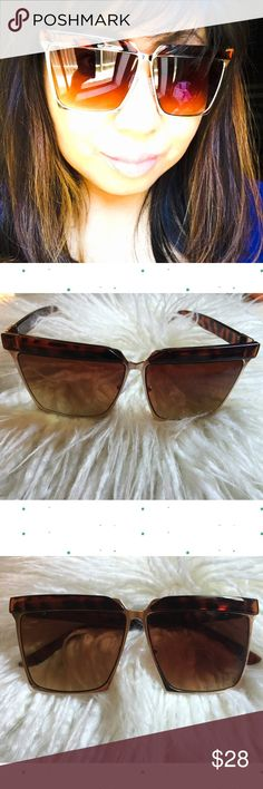 81214827e77 Oversized Tortoiseshell Angular Flat Top Sunnies New Oversized Tortoise  Shell Angular Flat Top Squared Sunnies.