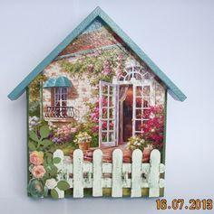 porta chave em mdf, decorado em biscuit, flores e corujas, com cortina em lese ,acabamento em verniz fosco, várias cores disponíveis.... <br> <br>A PARTIR DE SETEMBRO AS ENCOMENDAS AUMENTAM,PORTANTO FAÇA SEU PEDIDO COM ANTECEDÊNCIA !!!