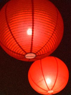 Brighten up a special event with beautiful round paper lanterns. Paper Lantern Lights, Sky Lanterns, Red Lantern, Candle Lanterns, Paper Lanterns, Xmas Lights, Fairy Lights, Fairy Berries, Paper Light