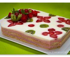 Torta Giardino di fragole, di Luca Montersino, ricetta con foto
