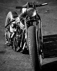 #blackdust #motorcycle #harleydavidson #harley #bikerslife #bobbers #bike #custombike #customs - http://ift.tt/1HQJd81