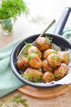 Anyżkowo: Młode ziemniaki z patelni