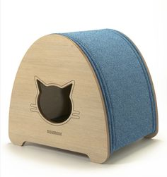 CAPELINHA Cat bed, cat cave and scratcher