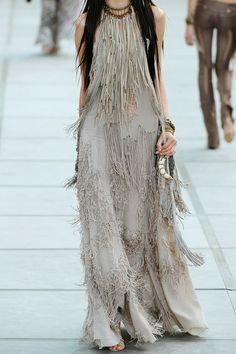 Stunning boho gown by Roberto Cavalli Gypsy Style, Hippie Style, Bohemian Style, Boho Chic, Edgy Chic, Bohemian Fashion, Love Fashion, High Fashion, Womens Fashion