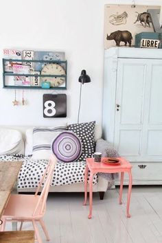 eclectic colorful decor