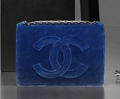 Chanel pochette in velluto blu