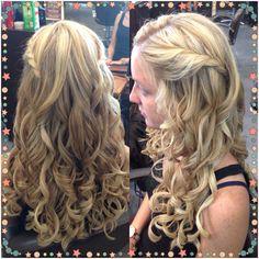 Wedding hair pretty curls with braids