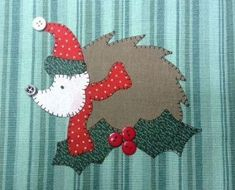 Holiday Hedgie Applique Wallhanging Pattern by Quilt Doodle Designs Applique Pillows, Applique Quilt Patterns, Applique Designs, Mug Rug Patterns, Doodle Patterns, Felt Christmas, Rustic Christmas, Christmas Stocking, Christmas Ideas