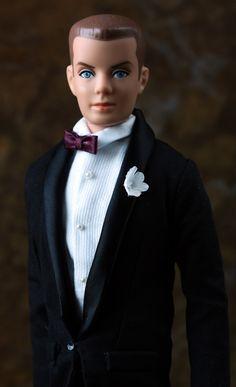 "Vintage ""Batman"" Ken Carson doll wears a reproduction ""Tuxedo"" ensemble by Mattel. Ken Barbie Doll, Barbie Dream, Vintage Barbie Dolls, Barbie And Ken, Barbie Style, Barbie Family, Barbie World, Barbie Friends, Doll Accessories"
