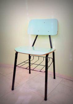 Cadeira Escolar Vintage R$15.00