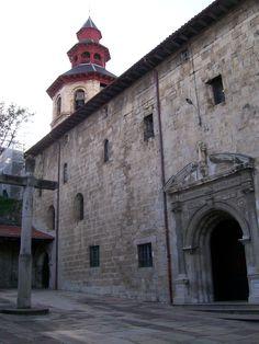 Ciboure (Pyrénées Atlantiques) - Eglise St-Vincent - façade sud