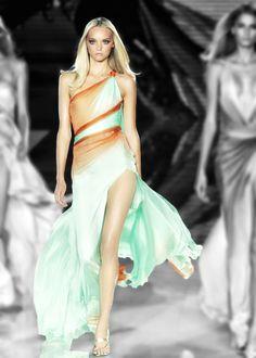 Gemma Ward | Versace Spring/Summer 2006 | Milan