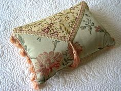 Victorian Style Pillows Google Search Throws Couch Throw Sewing