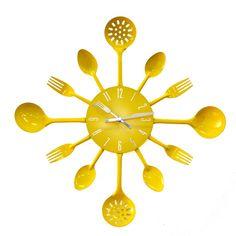 Relógio de talheres em amarelo.   http://www.fabrica9.com.br/ecommerce_site/produto_32726_7013_Relogio-de-Parede-Talheres-Amarelo