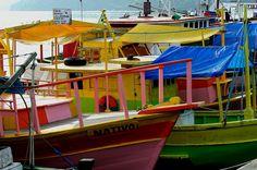 Lanchas, escunas e barcos de Paraty by Edgard.V, via Flickr