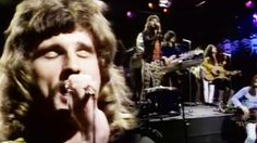 """Uriah Heep's '72 """"The Wizard"""" Performance Is The Greatest Thing You'll Ever See"""