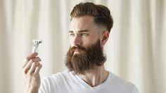 Recortar la barba en casa no es fácil...pero os damos cuatro consejos para que esta tarea se haga menos dura.
