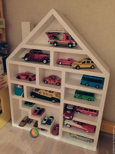 Wooden house for … - Kinderzimmer Diy Arts And Crafts, Wood Crafts, Toy Car Storage, Warehouse Living, Doll House Plans, Wood Shop Projects, Bookshelves Kids, House Plants Decor, Woodworking For Kids
