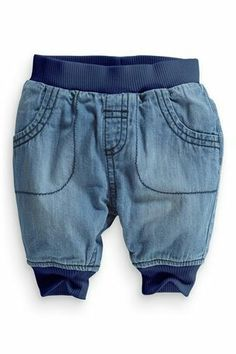 Calca jeans (tamanhos de 0 a 18 meses) - Preco: 99,90 (frete gratis em pedidos de 2 Kg) Peso: 100g - europamimos@gmail.com