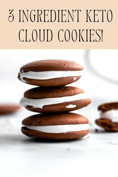 Light, airy, and so so chocolately with only 3g carbs for two cookies! You have to try these ASAP! Keto Friendly Ice Cream, Keto Ice Cream, Marshmallow Cookies, Marshmallow Cream, Cookies Ingredients, Gluten Free Cookies, Dessert Recipes, Desserts, Low Carb Keto