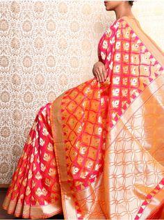 Collection of the Latest Banarasi Sarees to amp up your saree game.From Georgette Banarasi Sarees to Jangla Banarasi Sarees we've got it all covered for you. Cutwork Saree, Phulkari Saree, Kanjivaram Sarees, Indian Dresses, Indian Outfits, Woven Image, Wedding Types, Designer Silk Sarees, Saree Look