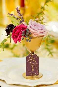 Event Styling: Michelle Leo Events | Photo: Pepper Nix Photography | Floral: Blooms & Blossoms | China: ZGallerie | Calligraphy: Design House of Moira