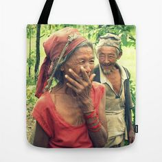 Borsa tote coppia in amore Nepal fotografia d'arte di StudioYuki, $30.00