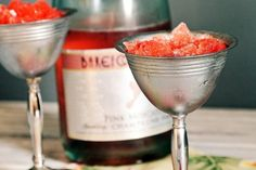 Strawberry Champagne Granita - A refreshing and delish summer treat for grown ups.
