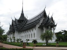 Sangphet Prasat Throne Hall in Muang Boran