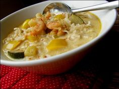 Thai-katkarapukeitto - Pippurimylly - Vuodatus.net Cheeseburger Chowder, Soup, Ethnic Recipes, Soups