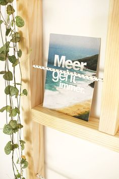 Do it yourself: rebuild Ypperlig wall shelf yourself Ypperlig Ikea, Ikea Hack, Diy Interior, Wood Crafts, Diy And Crafts, Small Bars, Inside Home, Wooden Ladder, Diy Store