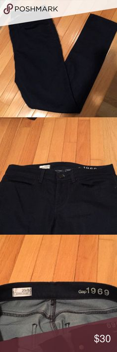 GAP dark demin pants, size 29 GAP dark demin skinny jeans, size 29, mint condition and have hardy been worn. As you can see from pictures there's no wear on the bottom of the pants or the inner leg area.   These are a dark denim/indigo blue color and fit true to size. They are not super stretchy, but have some stretch. GAP Jeans Skinny