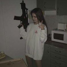 Photo: [ Aim well and look the devil in the eye ] [ Apunta bien y mira al diablo a los ojos ] ° ° ° ° Bad Girl Aesthetic, Aesthetic Grunge, Aesthetic Photo, Aesthetic Pictures, Grunge Style, Grunge Girl, Soft Grunge, Fille Gangsta, Lila Baby