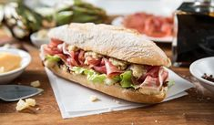 Are you hungry for this? Panini Sandwiches, Toast Sandwich, Sandwich Recipes, Salad Recipes, Healthy Recipes, Healthy Foods, Crepes, French Sandwich, Food Photo