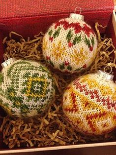 Ornaments free knitting pattern