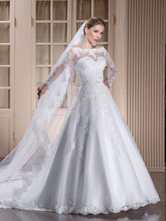 Vestido de noiva modelo: GA 07 | Dolce Sposa Bridal Gown Styles, Bridal Gowns, Wedding Gowns, Elegant Wedding Dress, Wedding Shoot, Marry Me, Frocks, Wedding Planner, Wedding Hairstyles