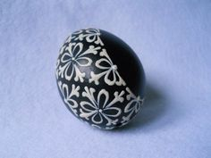Easter Egg Designs, Easter Eggs, Nova, Gemstone Rings, Gemstones, Holidays, Diy, Inspiration, Jewelry