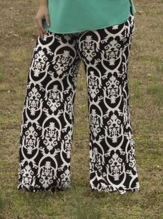 Plus Size Black and White Damask Palazzo Pants  http://www.lemonpearlboutique.com/collections/curvy-pants/products/black-and-white-damask-print-palazzo-pants?variant=1154748840