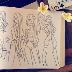 ♣️ Sketching Girls