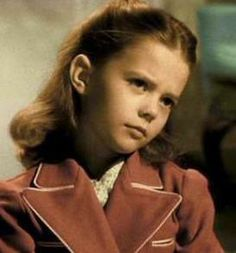 Natalie Wood played the young Susan Walker who didn't believe in Santa Clause in Miracle on 34th Street 1947