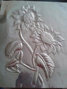 Girasoles en Repujado Artístico. ..Galy Rodriquez