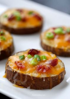 Super Bowl Grub ~ Easy Potato Skins (I Heart Naptime) #superbowlrecipe #appetizer #potatoskins