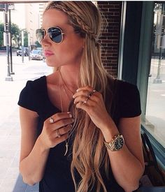 Love this look. Need dose rays tho Barefoot Blonde. Everyday Hairstyles, Summer Hairstyles, Girl Hairstyles, Pretty Braided Hairstyles, Hairstyle Look, Natural Hairstyles, Hairstyle Ideas, Barefoot Blonde, Popular Haircuts