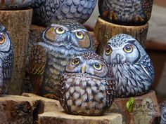 Stone painted owls by Ernestina